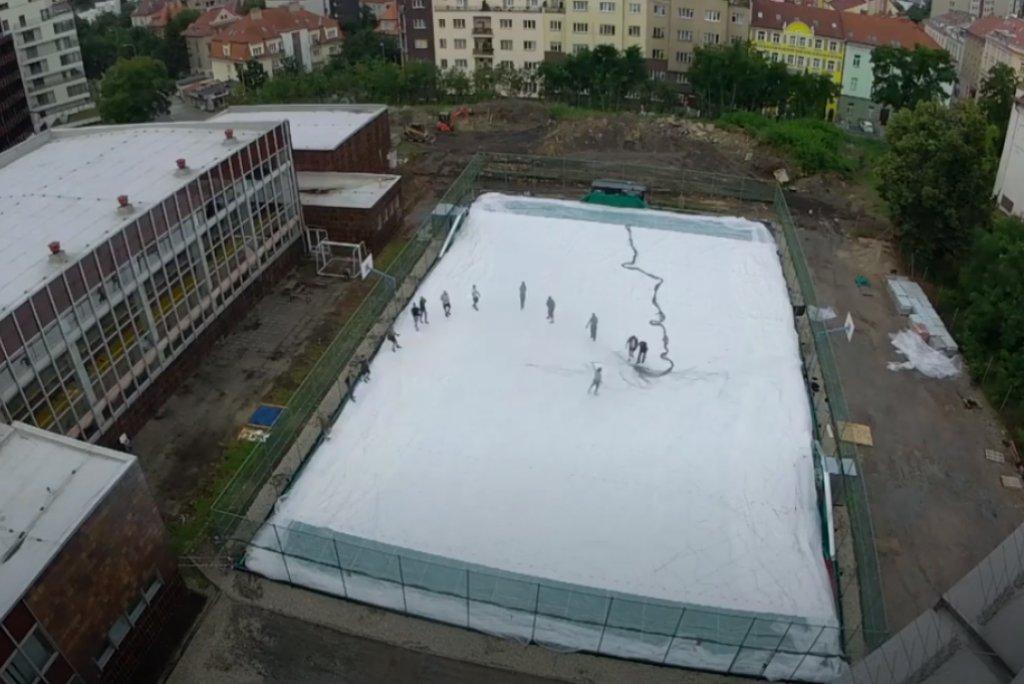 ČASOSBĚRNÉ VIDEO - Jak jsme stavěli novou přetlakovou halu